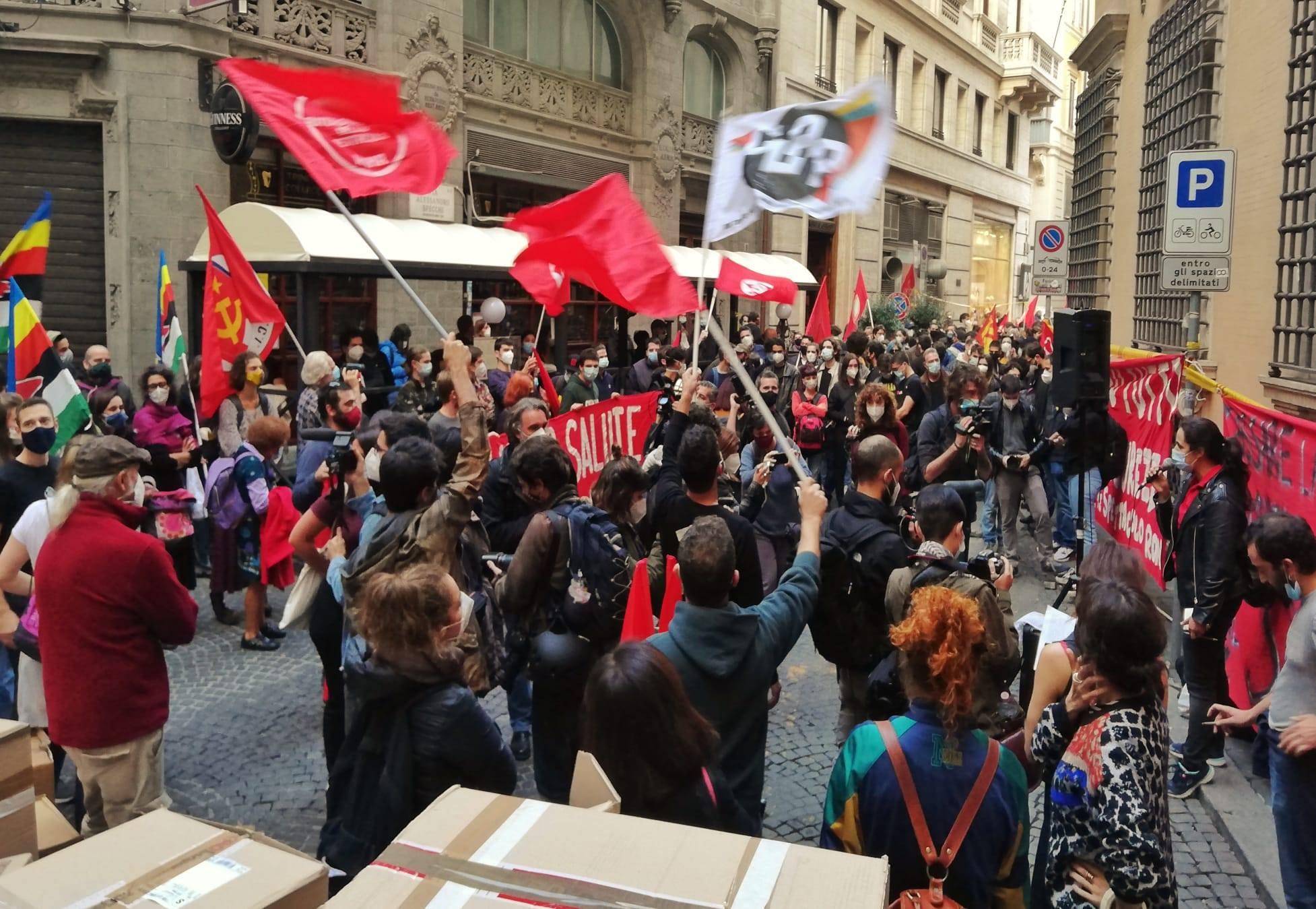 Manifestazione sotto al Mibact