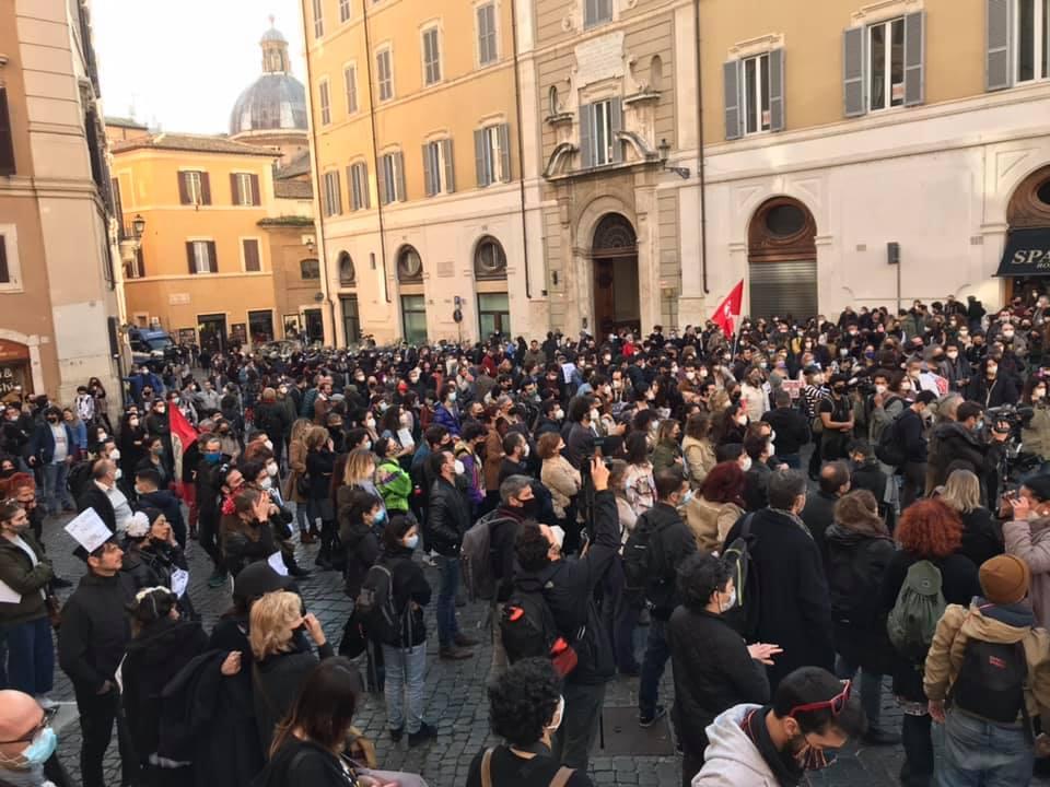 Manifestazione a Montecitorio